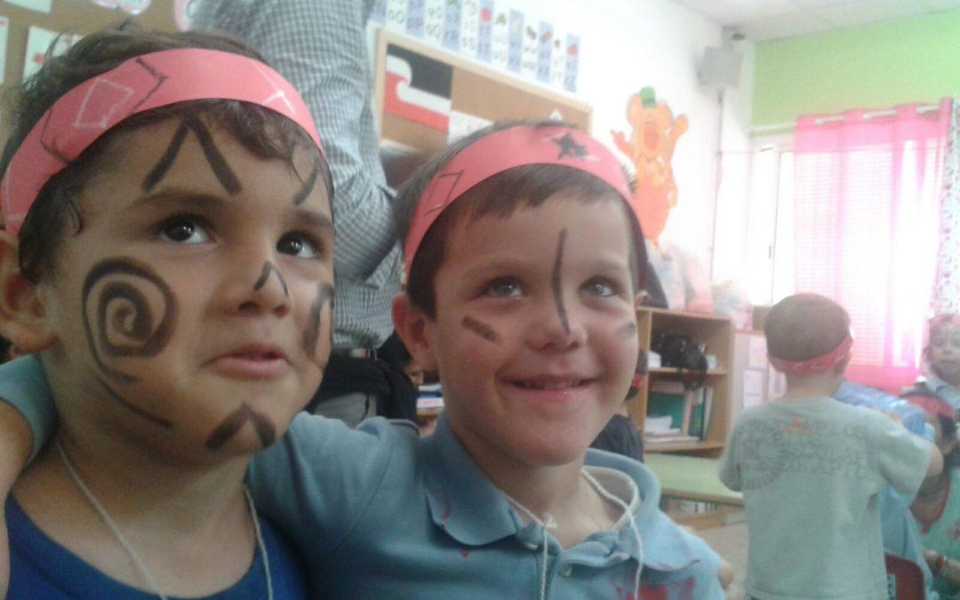 Niños que se convierten en maoríes